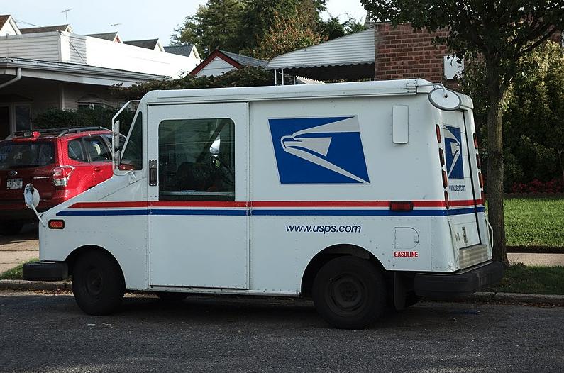 USPS truck 10-year plan