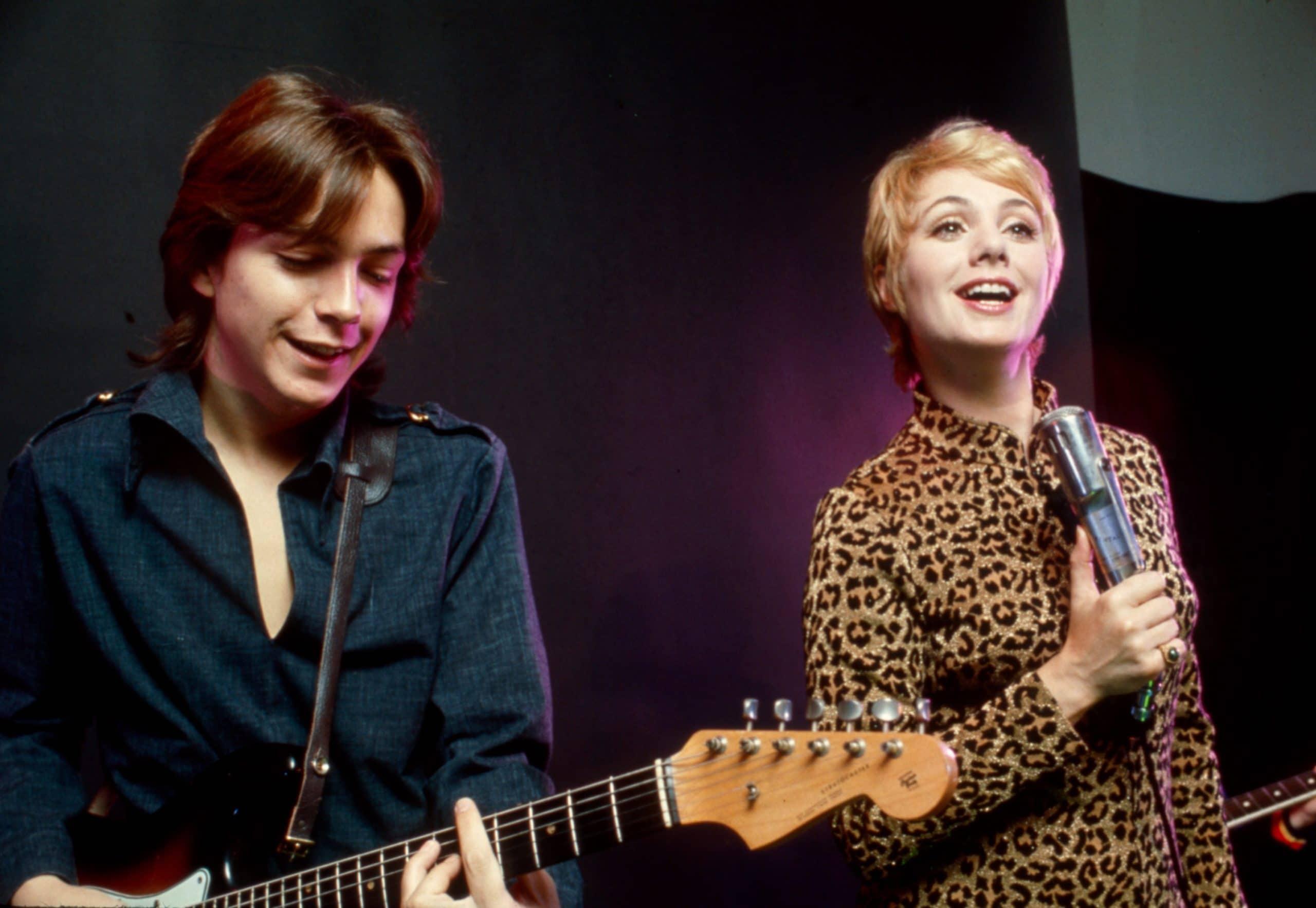 shirley jones and david cassidy performing