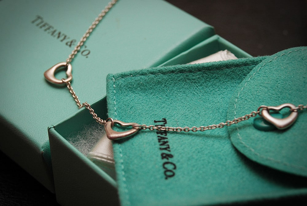 Elsa Peretti design heart necklace tiffany and co