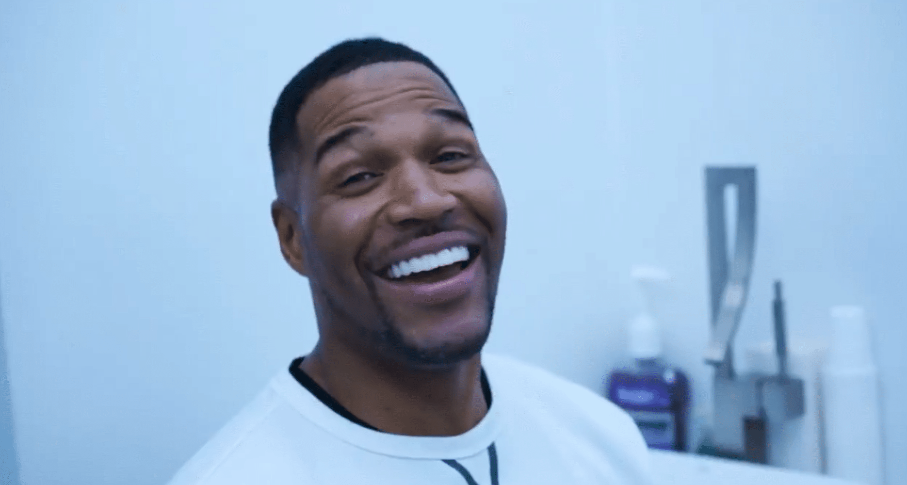 Michael Strahan Closes Famous Tooth Gap, People Guess It's An April Fools Prank