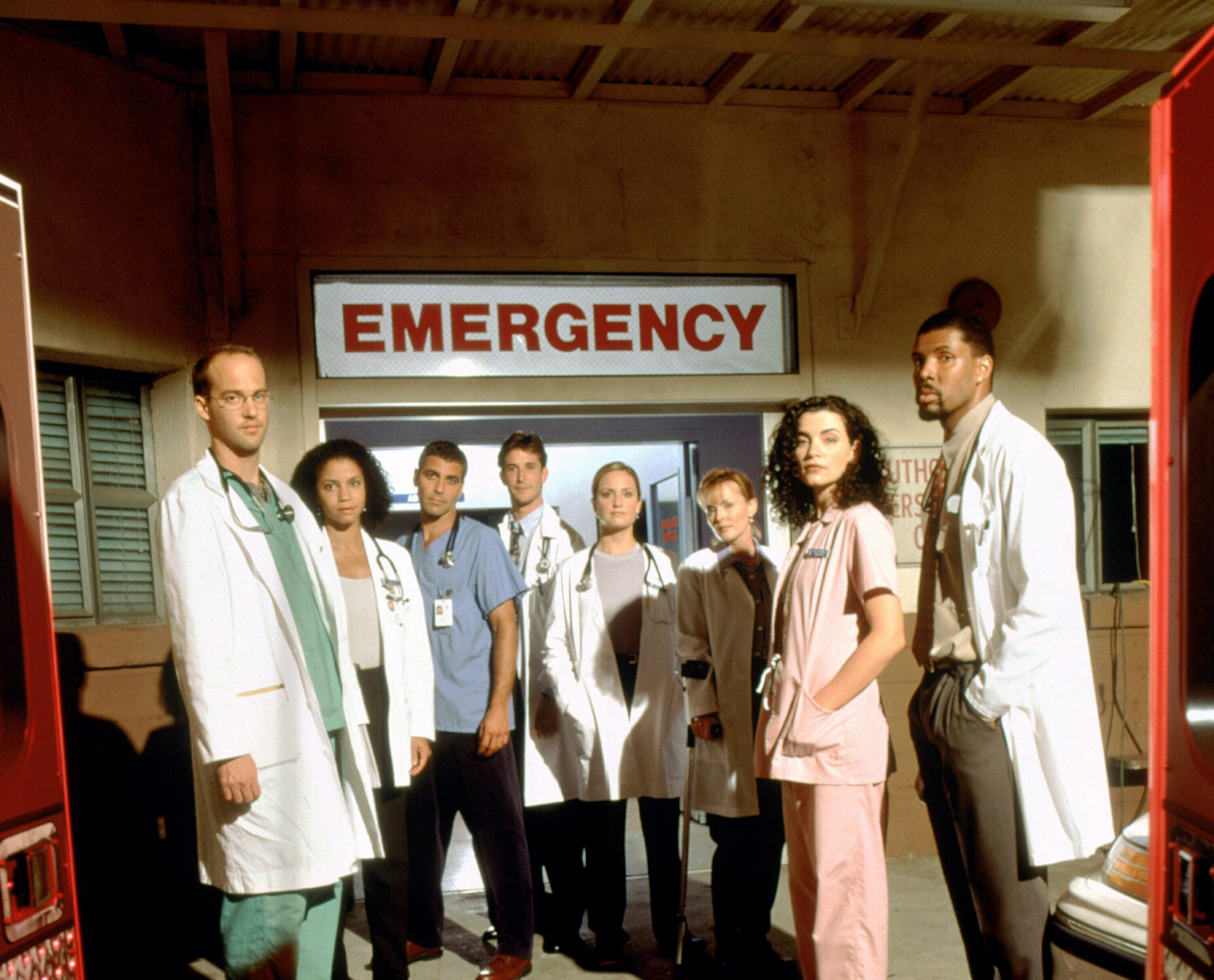 ER, Anthony Edwards, Gloria Reuben, George Clooney, Noah Wyle, Sherry Stringfield, Laura Innes, Julianna Margulies, Eriq La Salle, (Season 3)