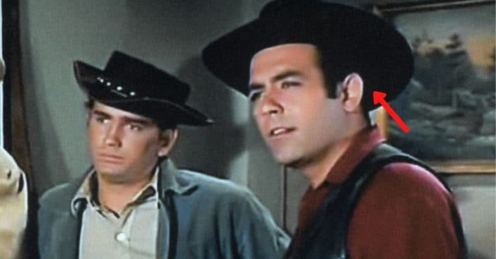 Pernell Roberts wore a toupee on Bonanza