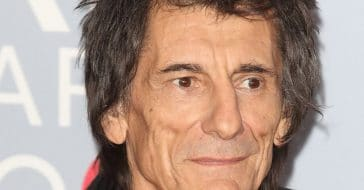 Ronnie Wood beat cancer for the second time
