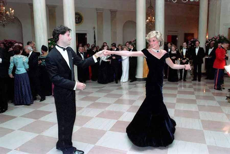 Princess Diana dancing with John Travolta at the White House. Nov. 9 1985