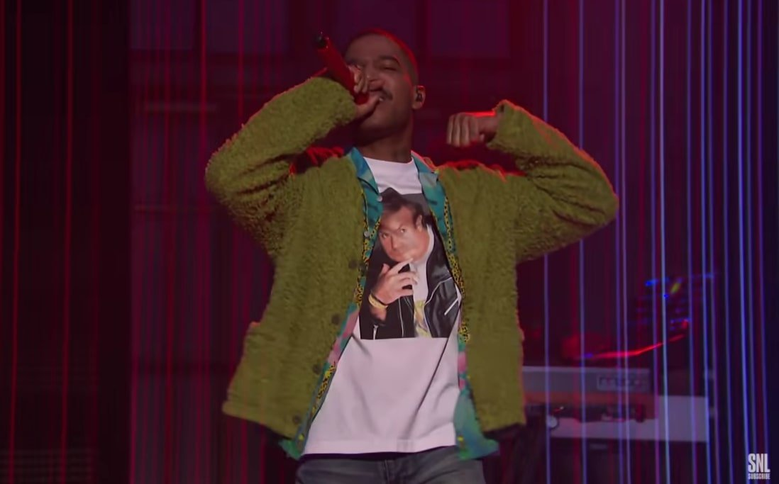 Kid Cudi wearing Chris Farley shirt SNL