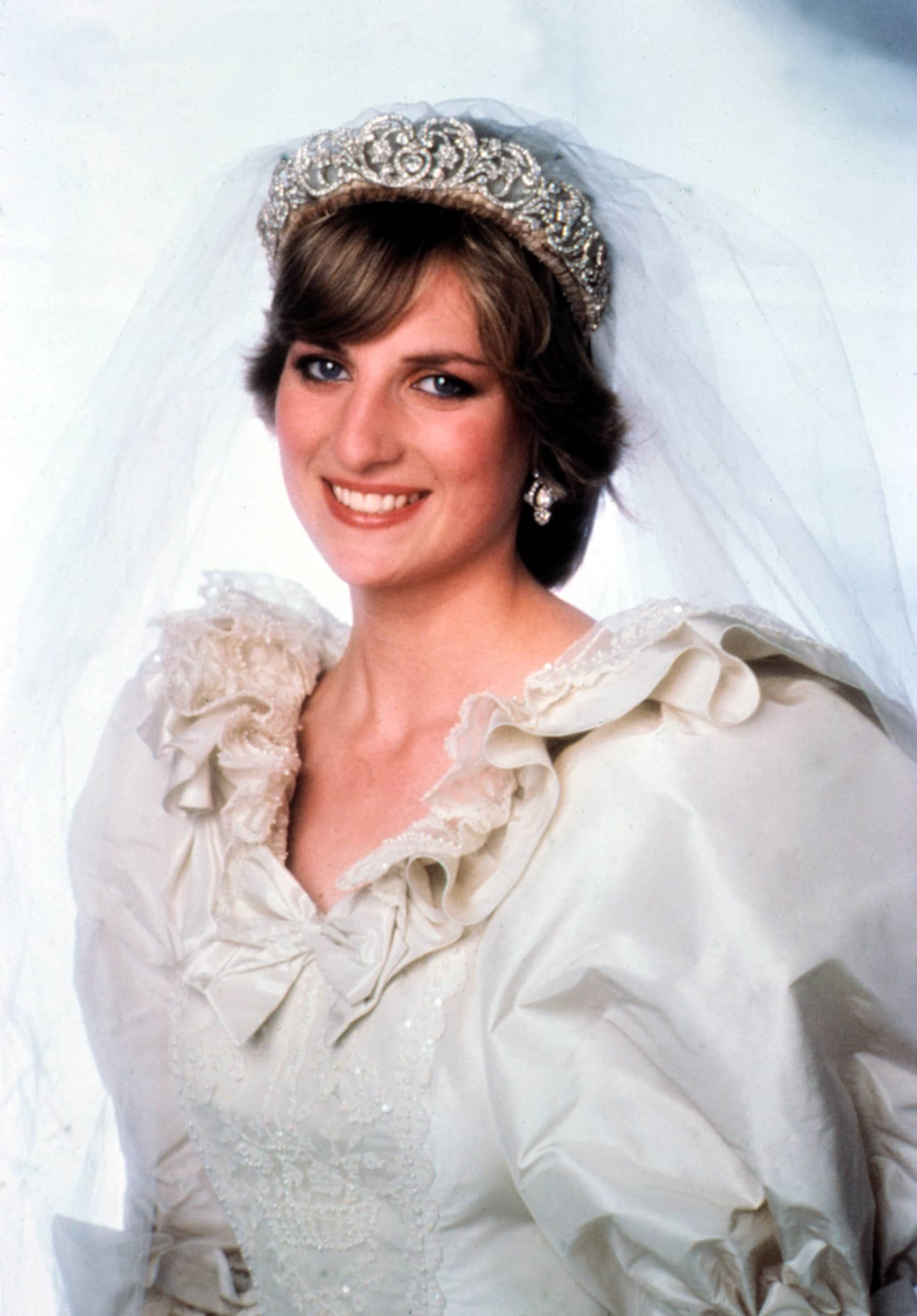 PRINCESS DIANA, July, 1981 wedding dress