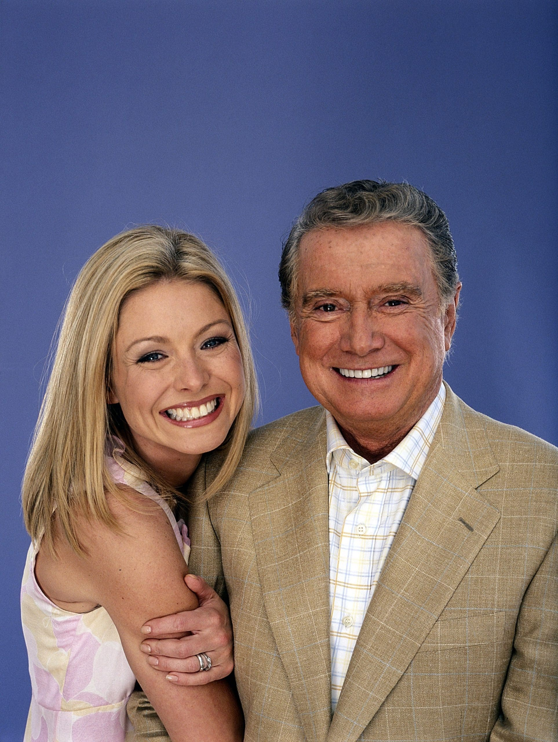 LIVE WITH REGIS AND KELLY, from left: Kelly Ripa, Regis Philbin