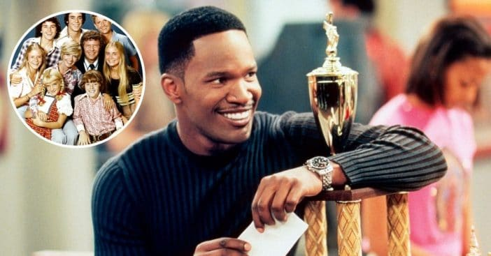 Jamie Foxx does hilarious rendition of The Brady Bunch theme song