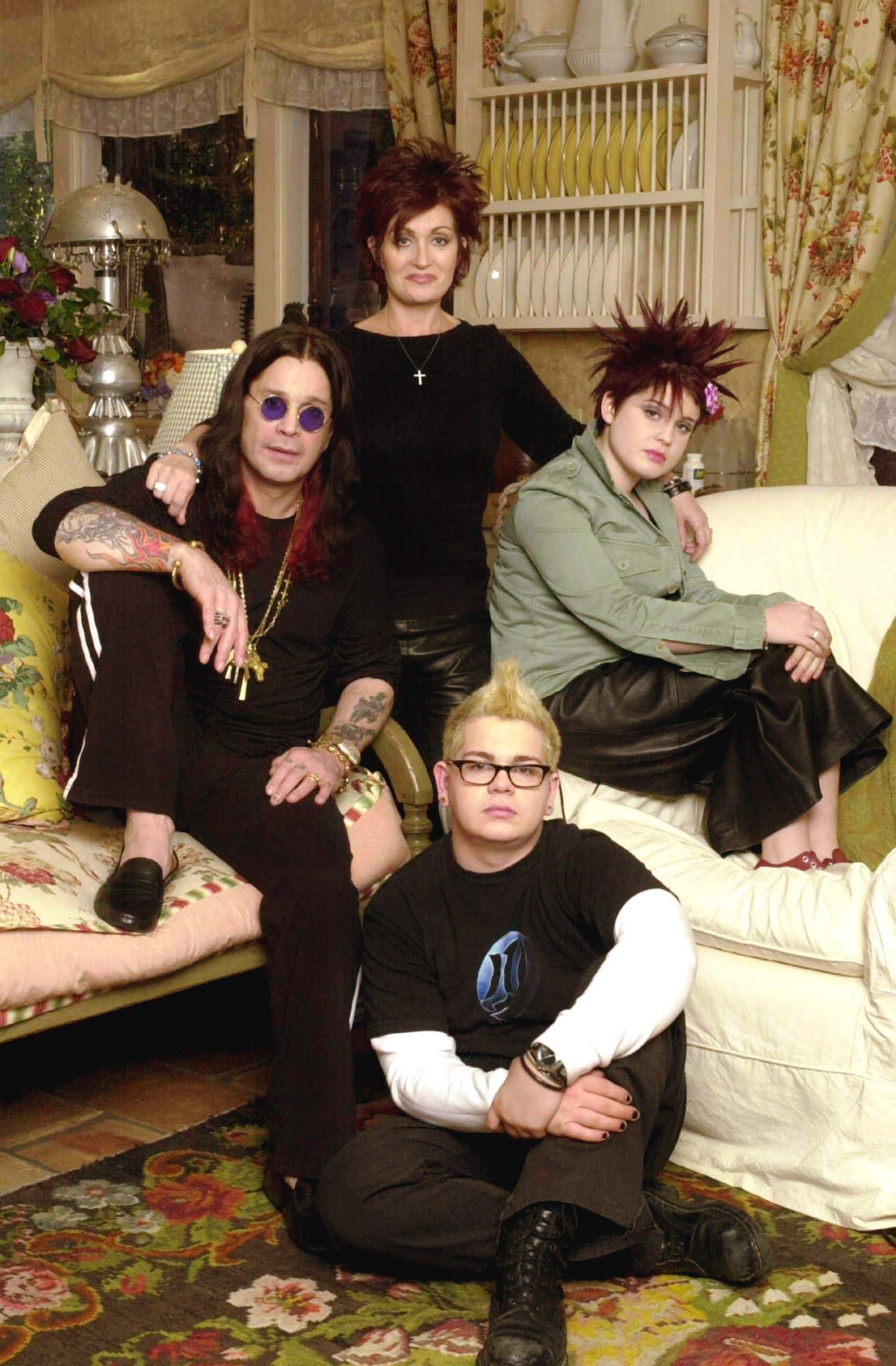 THE OSBOURNES, Ozzy Osbourne, Sharon Osbourne, Kelly Osbourne, Jack Osbourne