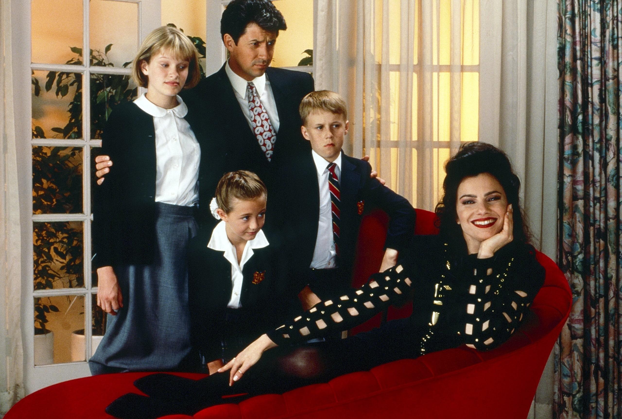 THE NANNY, from left: Nicholle Tom, Madeline Zima, Charles Shaughnessy, Benjamin Salisbury, Fran Drescher, 1993-1999