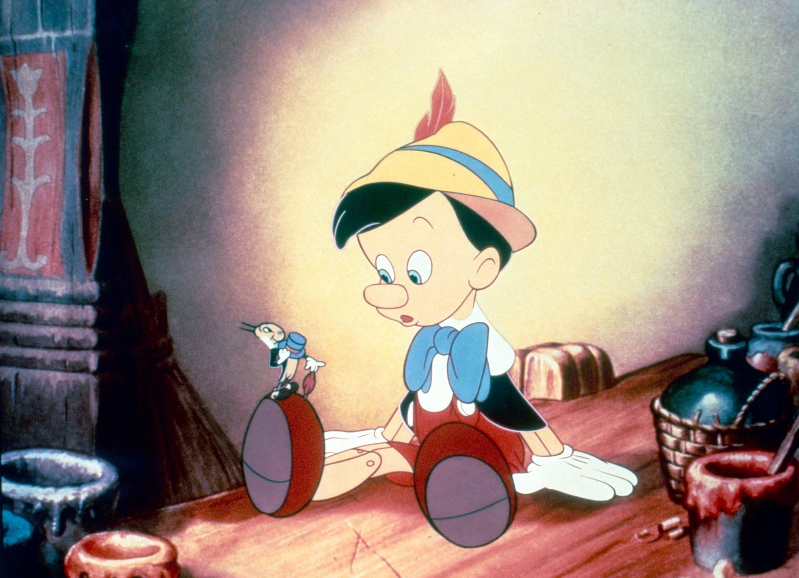 PINOCCHIO, from left: Jiminy Cricket,Pinocchio, 1940