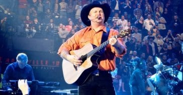 Garth Brooks isn't a fan of scalpers getting front row concert tickts