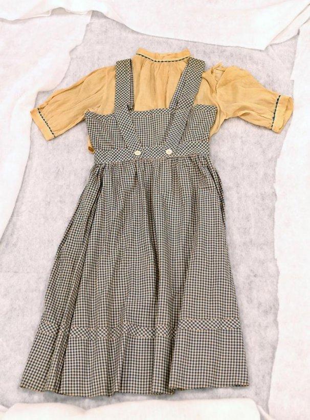 Wizard of Oz dress worn by Judy Garland