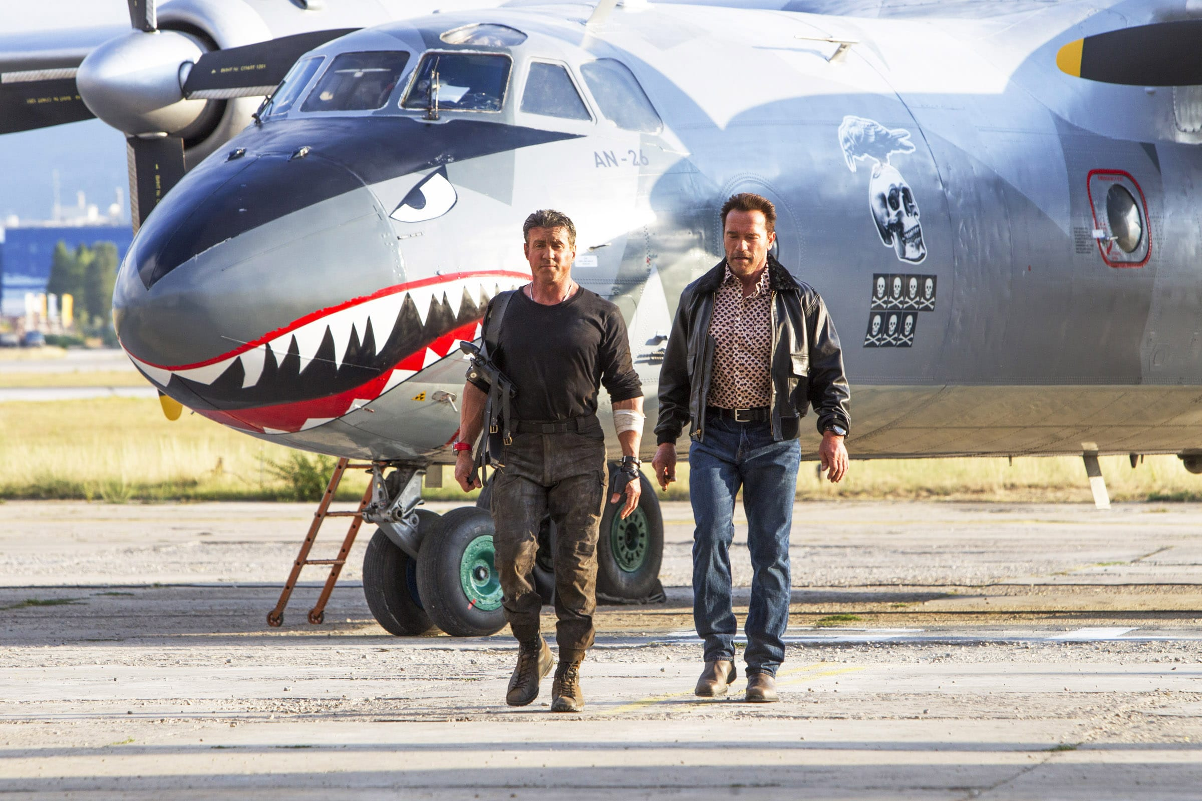 THE EXPENDABLES 3, from left: Sylvester Stallone, Arnold Schwarzenegger, 2014