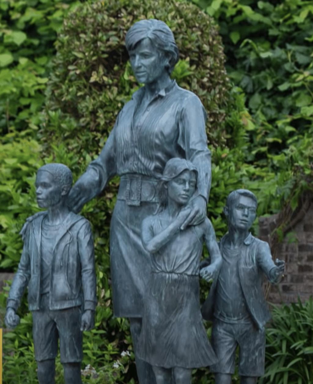 Close-up of Princess Diana statue