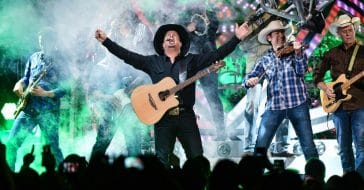 Garth Brooks Cancels Rest Of 2021 Tour Due To COVID-19 Spike