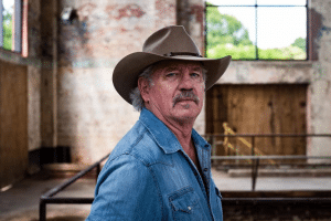 Tom Wopat on the set of Country Line: No Fear