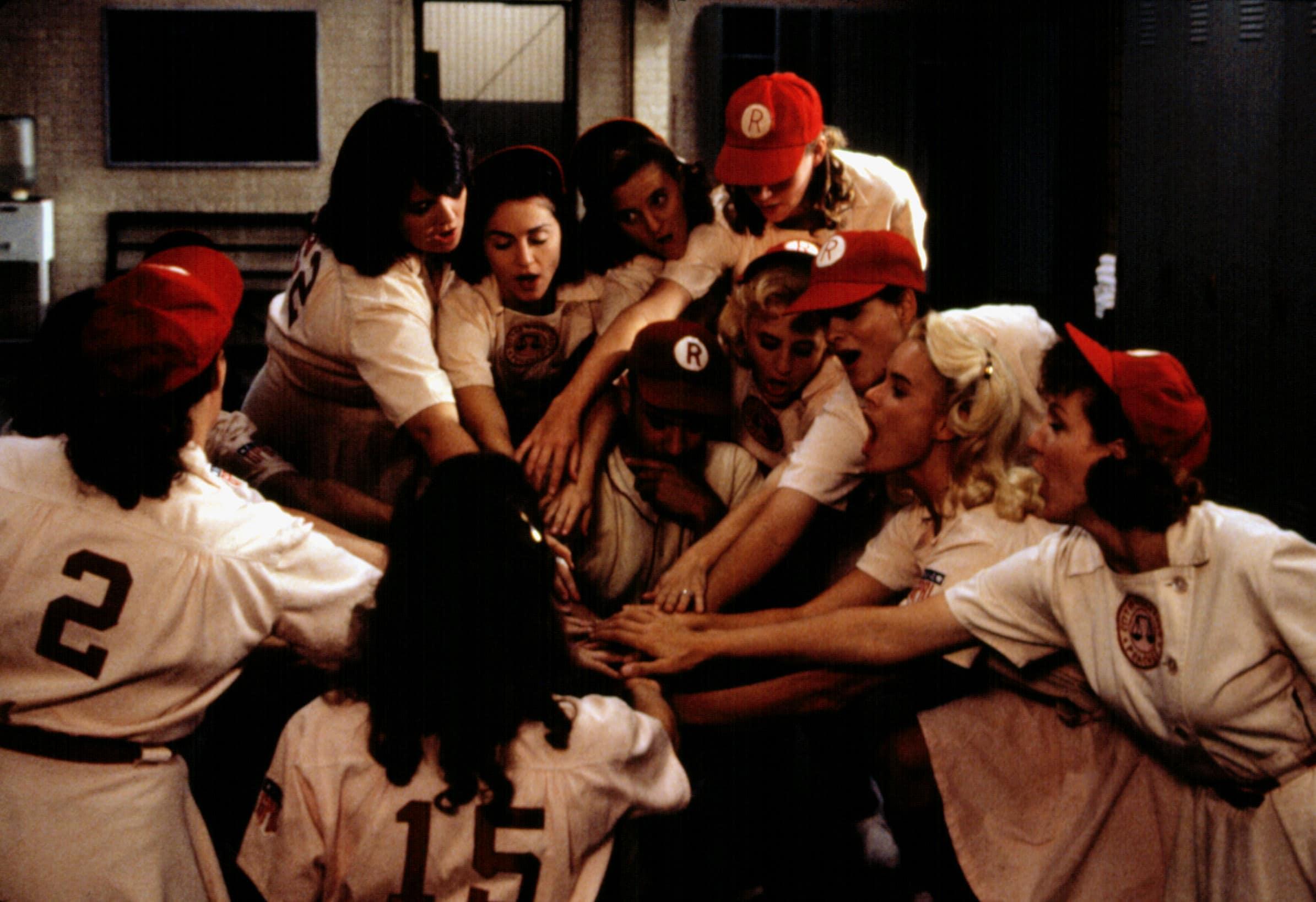 A LEAGUE OF THEIR OWN, Rosie O'Donnell, Madonna, Tom Hanks, Lori Petty, Bitty Schram, Freddie Simpson, 1992