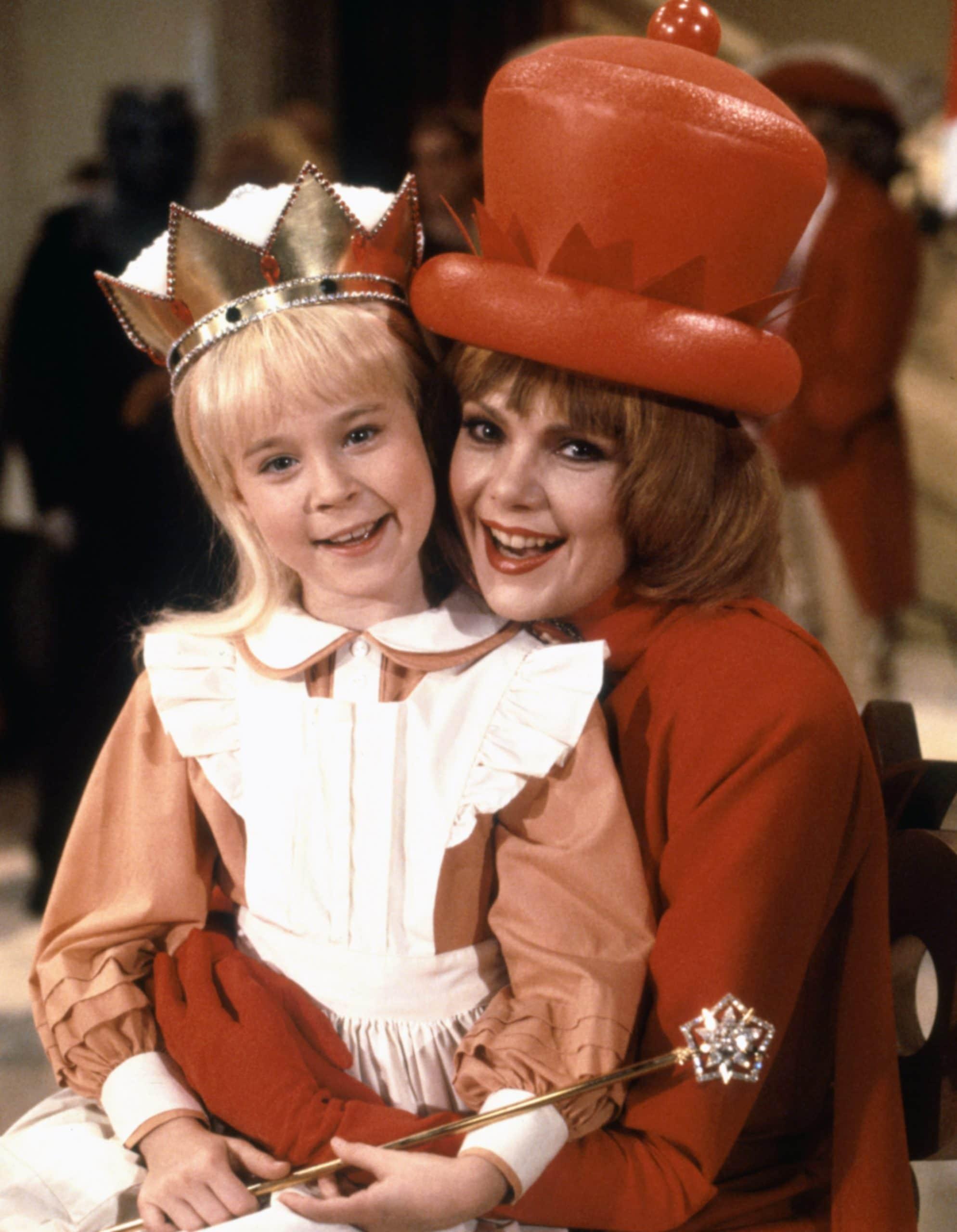 ALICE IN WONDERLAND, Natalie Gregory, Ann Jillian, 1985