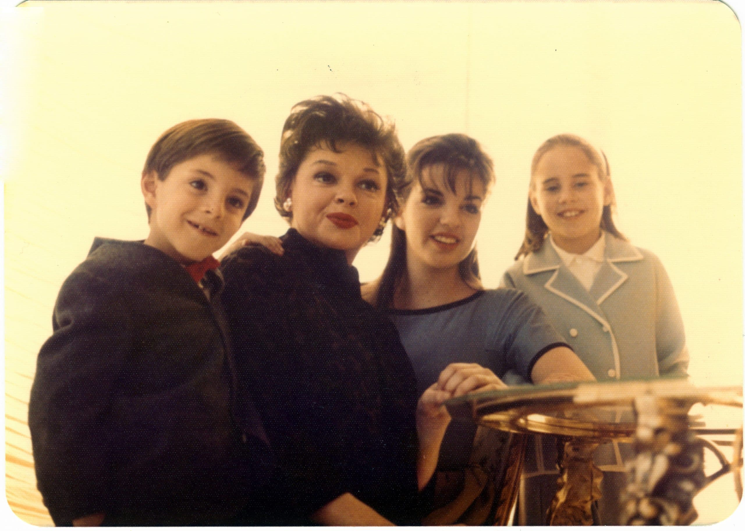 Judy Garland, with her children, from left, Joey Luft, Liza Minnelli, and Lorna Luft, 1962