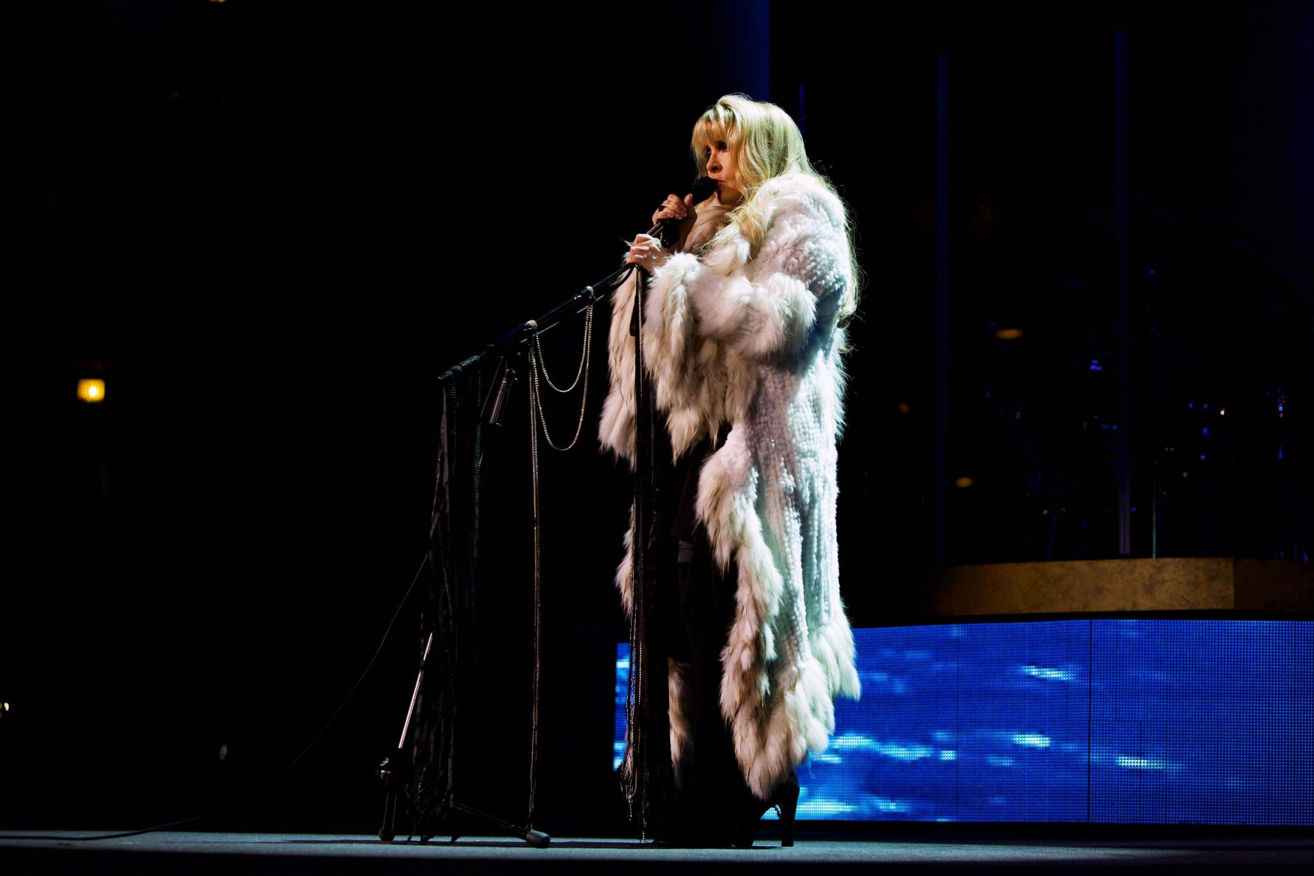 STEVIE NICKS 24 KARAT GOLD THE CONCERT, Stevie Nicks performing in Chicago