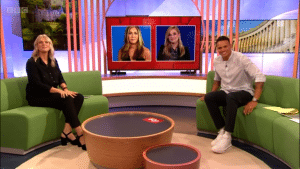 Jennifer Aniston and Reese Witherspoon participated in an interview on The One Show