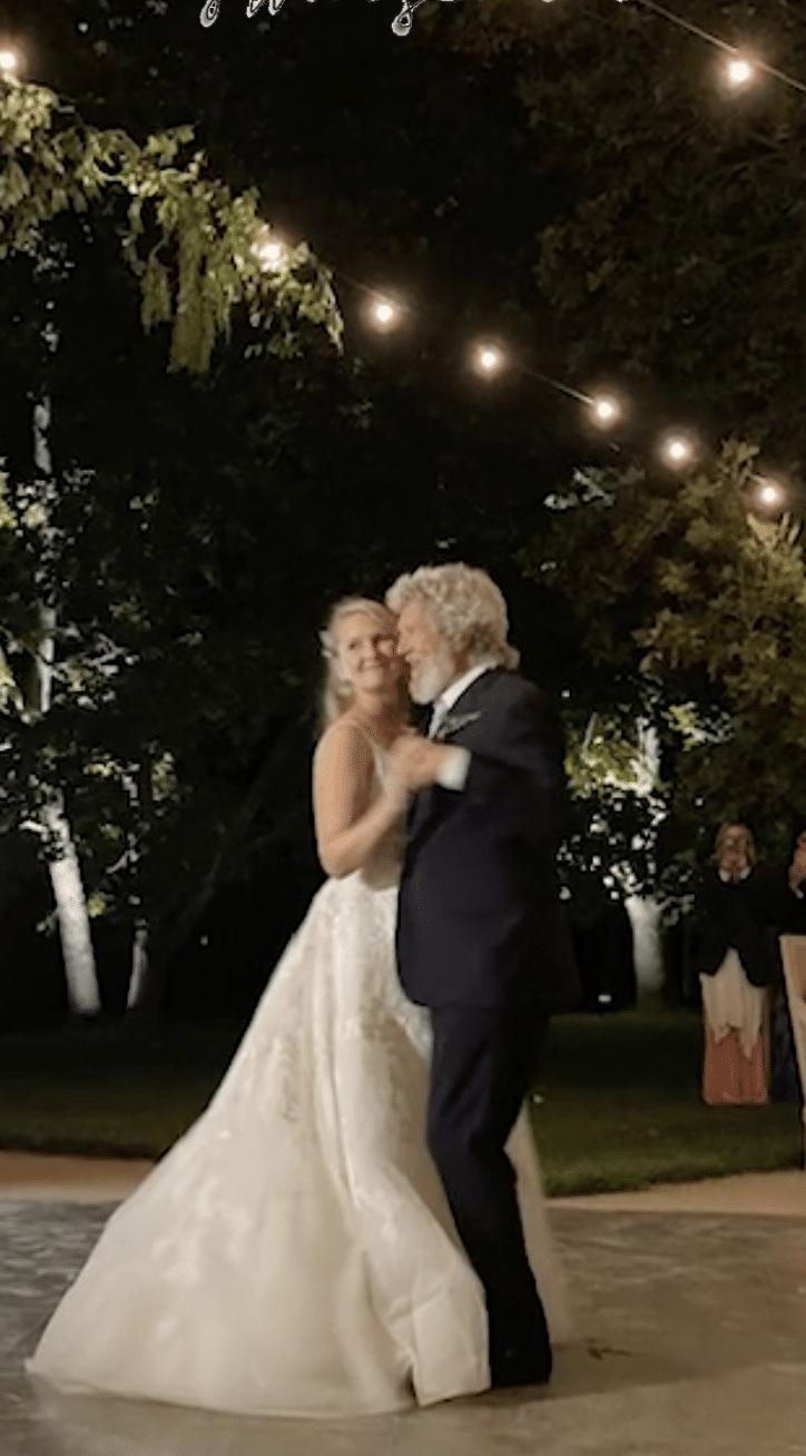 Jeff Bridges dancing with his daughter at her wedding