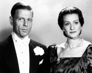 EDWARD & MRS. SIMPSON, from left, Edward Fox, Cynthia Harris