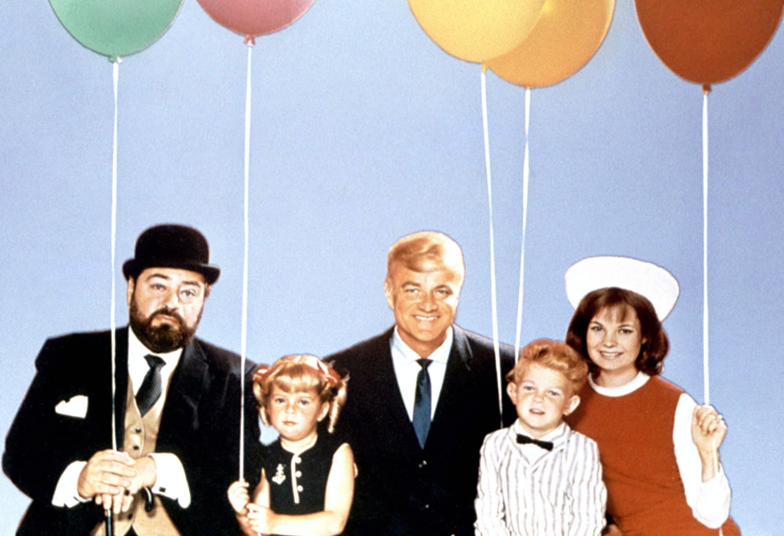 FAMILY AFFAIR, Sebastian Cabot, Anissa Jones, Brian Keith, Johnny Whitaker, Kathy Garver, 1966-71