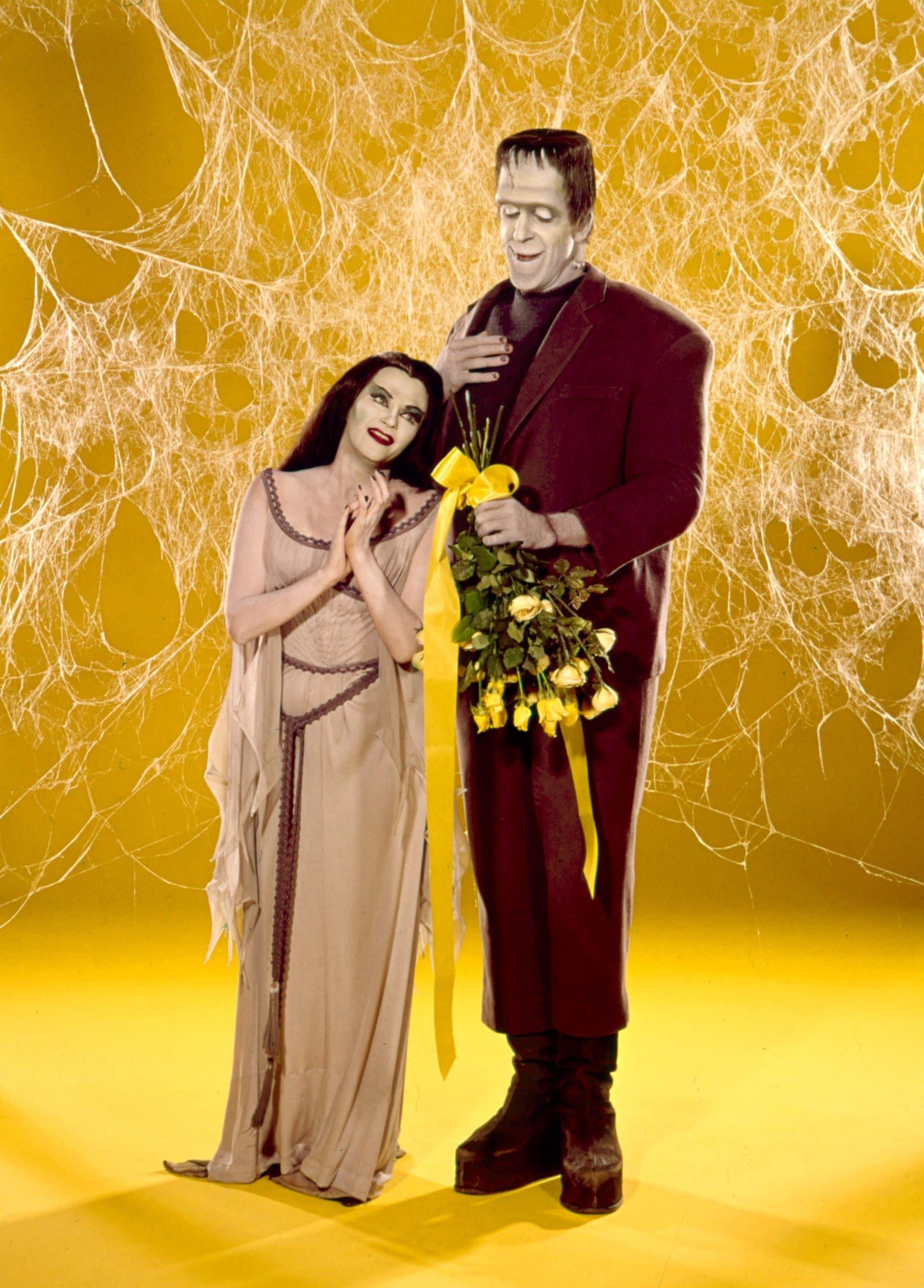 THE MUNSTERS, Yvonne De Carlo, Fred Gwynne, 1964-66