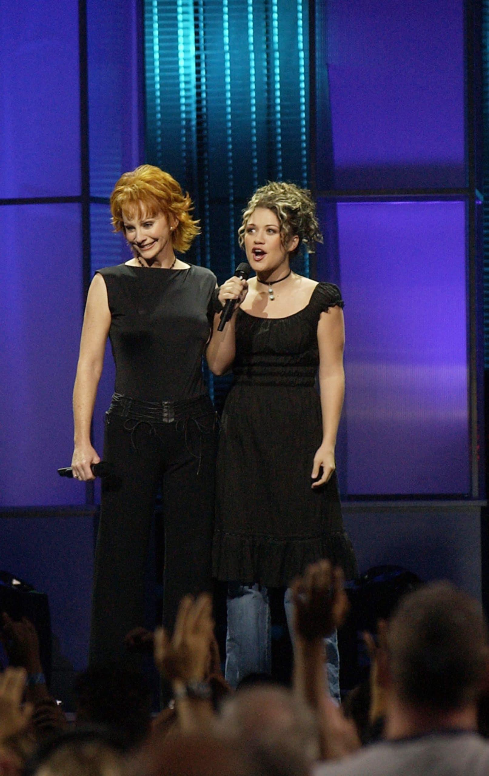 AMERICAN IDOL: REUNION IN VEGAS, Reba McEntire, Season 1 Winner Kelly Clarkson