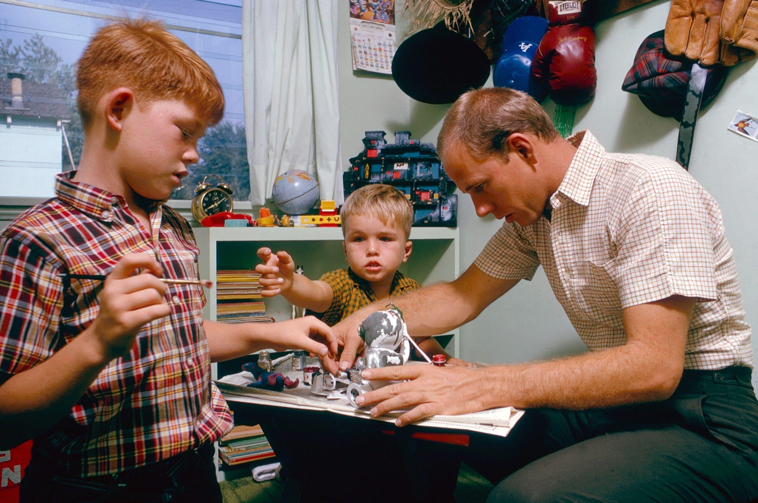 From left: Ron Howard, Clint Howard, Rance Howard, October 1964